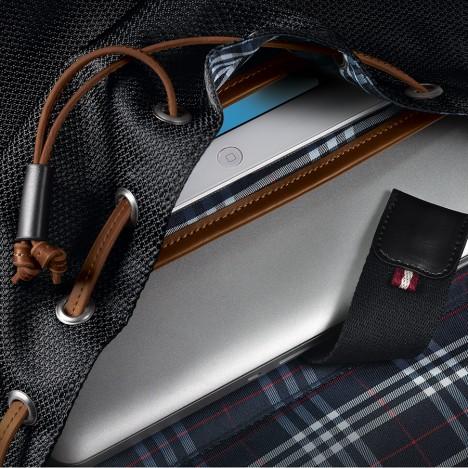 5 tips chọn mua balo laptop giá rẻ Hà Nội