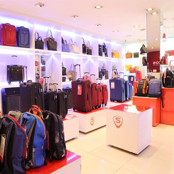 Cửa hàng Sakos ở TPHCM Hà Nội